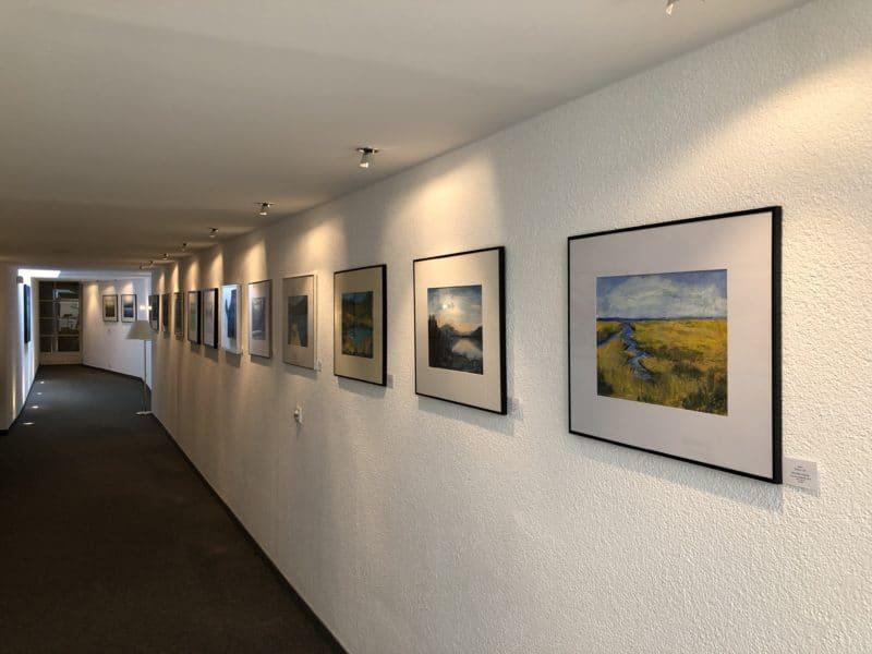 """Ausstellung im Seehotel Brandauer """"Seenlandschaften und Farbenspiele"""""""